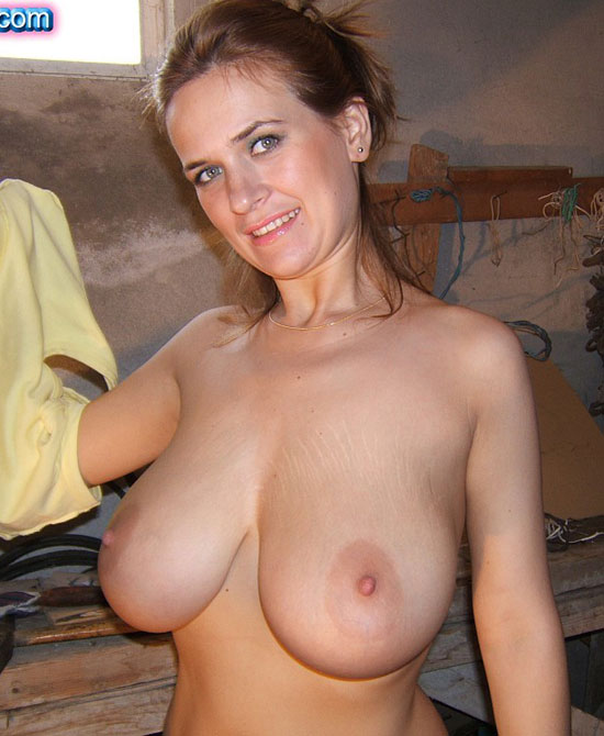 milf huge dildo movies